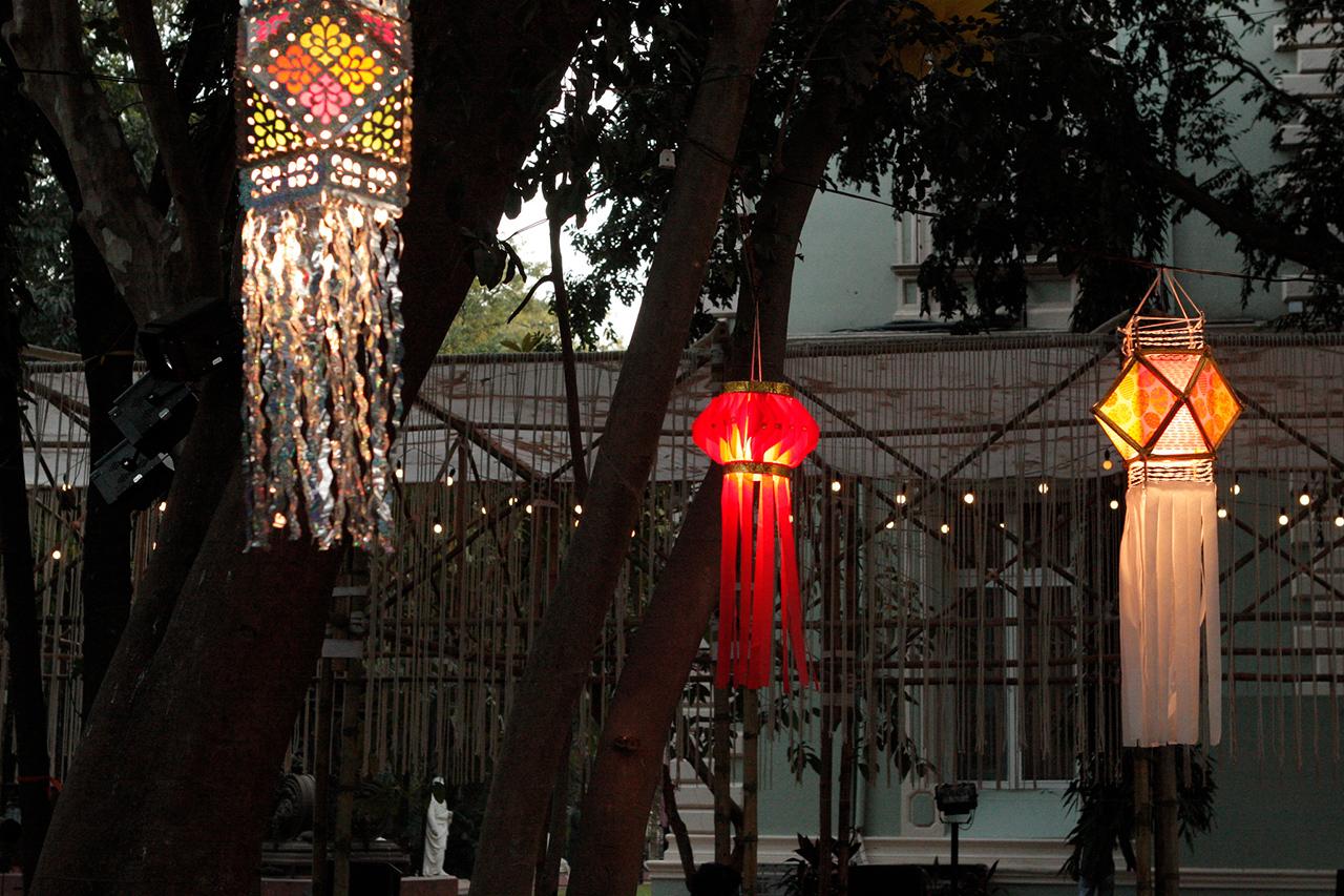 paper-crafts-of-India-Diwali-Kandil-01
