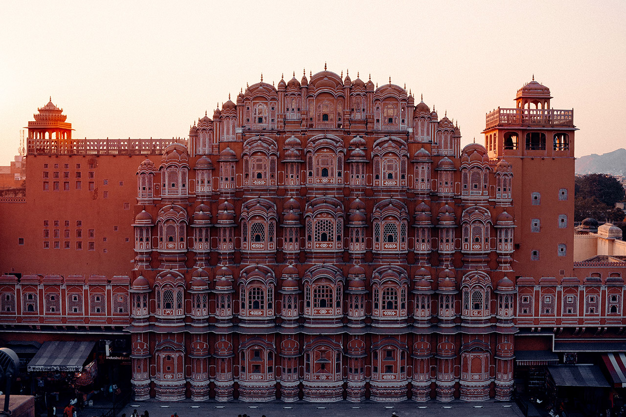 Indian-Monuments-That-Your-Child-Should-Know-Hawa-Mahal