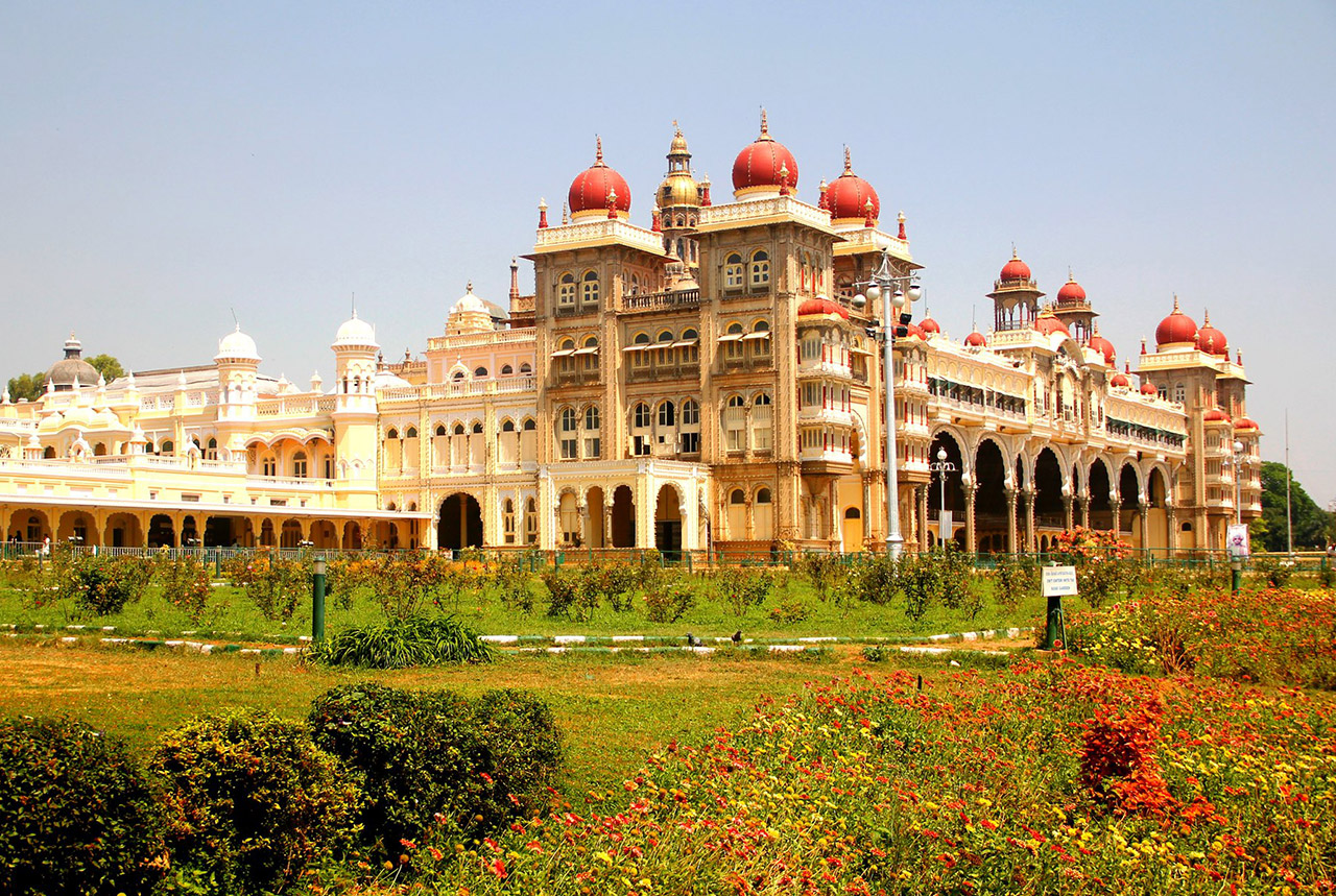 Indian-Monuments-That-Your-Child-Should-Know-Mysore-Palace