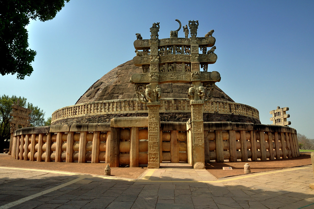 Indian-Monuments-That-Your-Child-Should-Know-Sanchi-Stupa