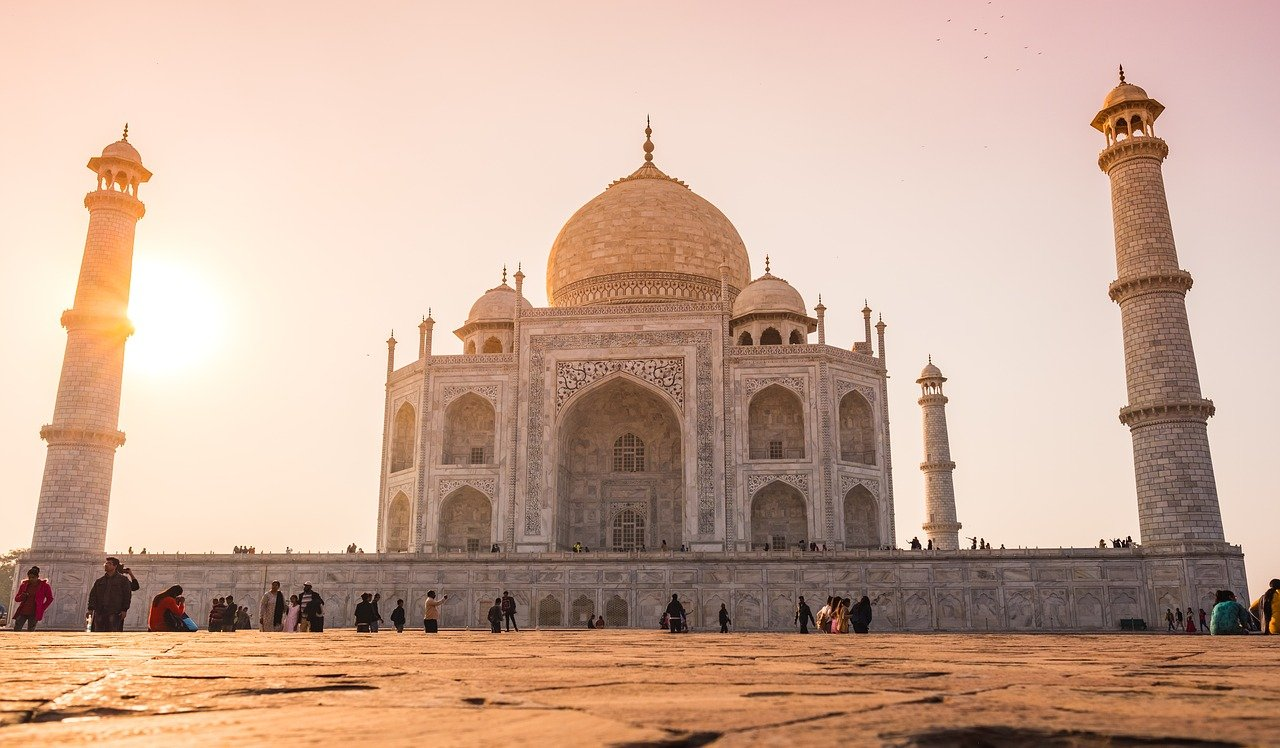 Indian Monuments That Your Child Should Know-Taj Mahal