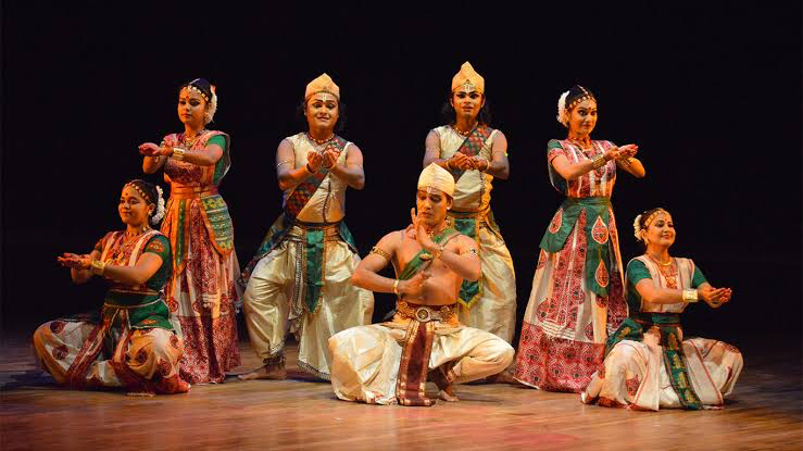 Traditional-Dances-of-Assam