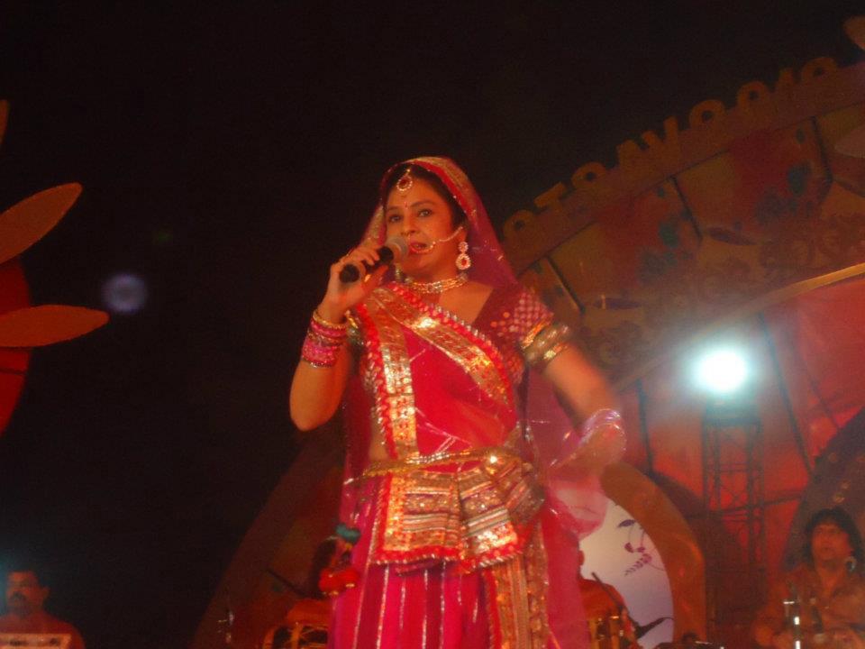 Indian-Art-Fair-Taj-Mahotsav