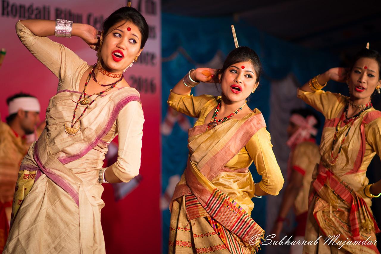 Classical-Dances-of-India-Bihu