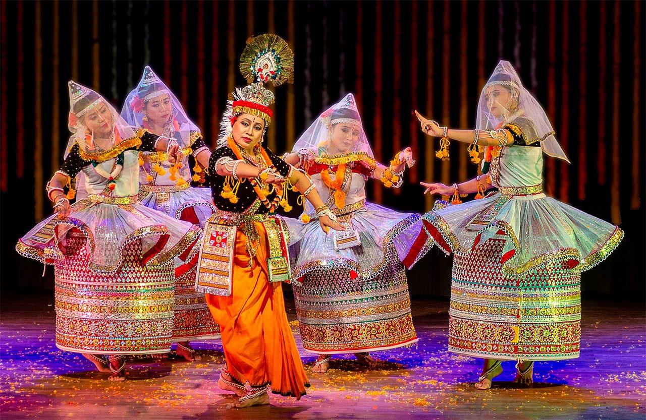 Culture-of-Manipur-Manipuri-Dance