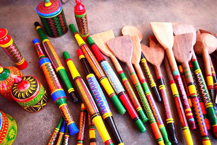 Handicrafts-from-Gujarat-lacquered-wood-craft
