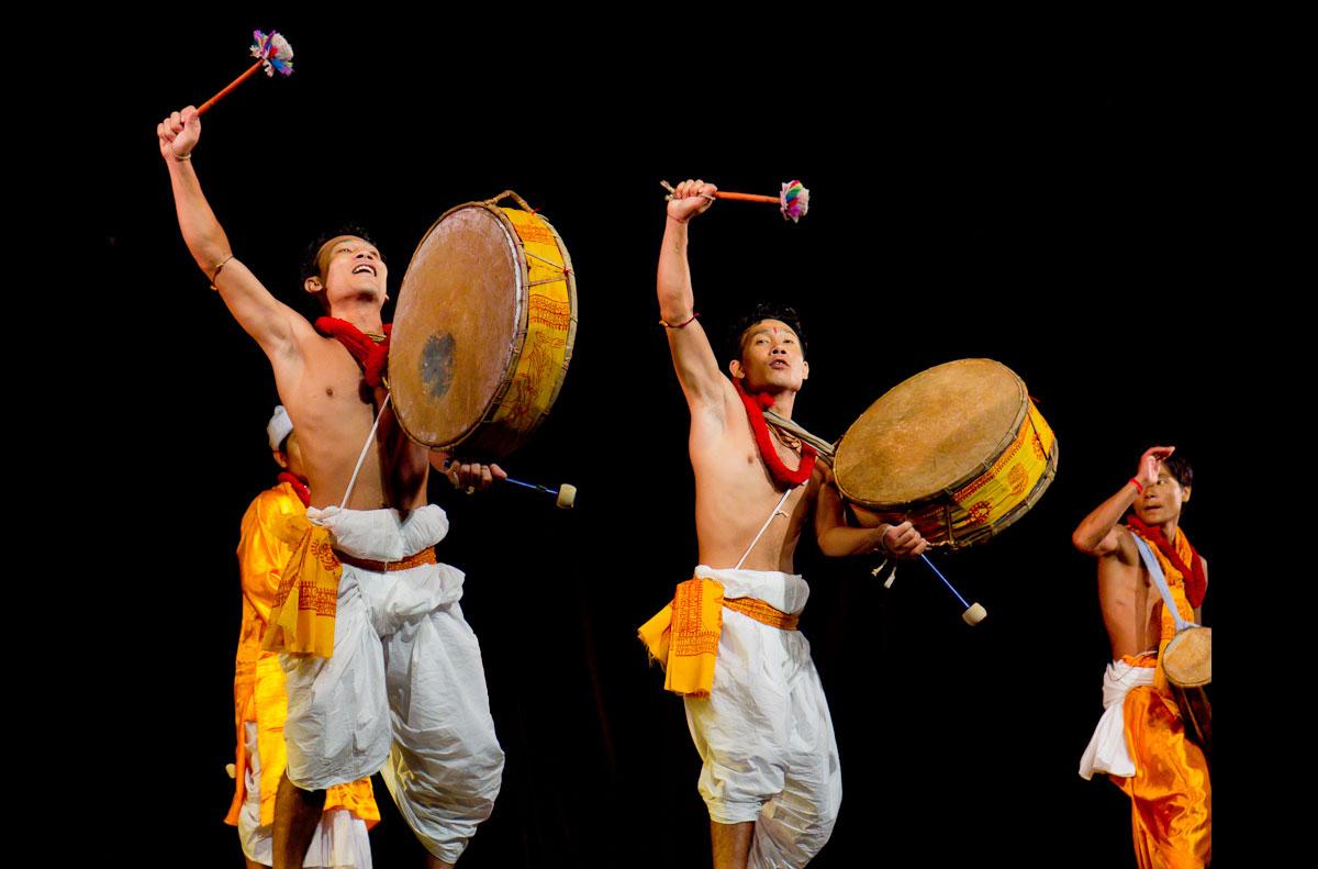 Manipur-Dance-Pung-Cholom