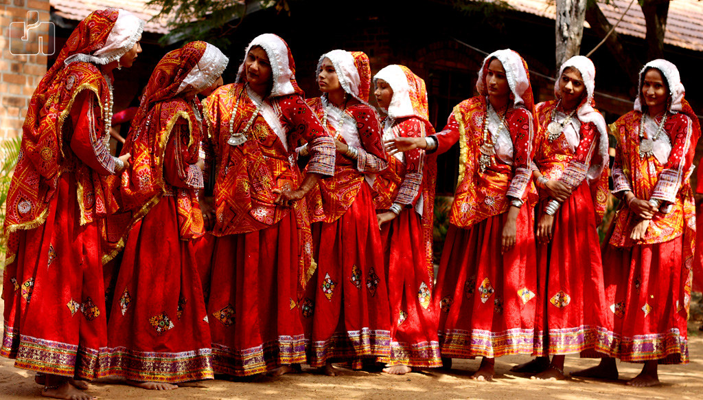 Traditional-Dresses-of-Gujarat-women