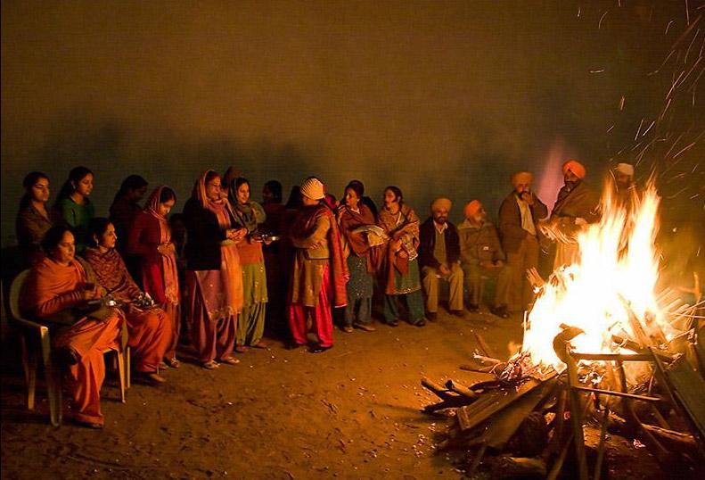 Harvest-Festivals-of-India-Lohri