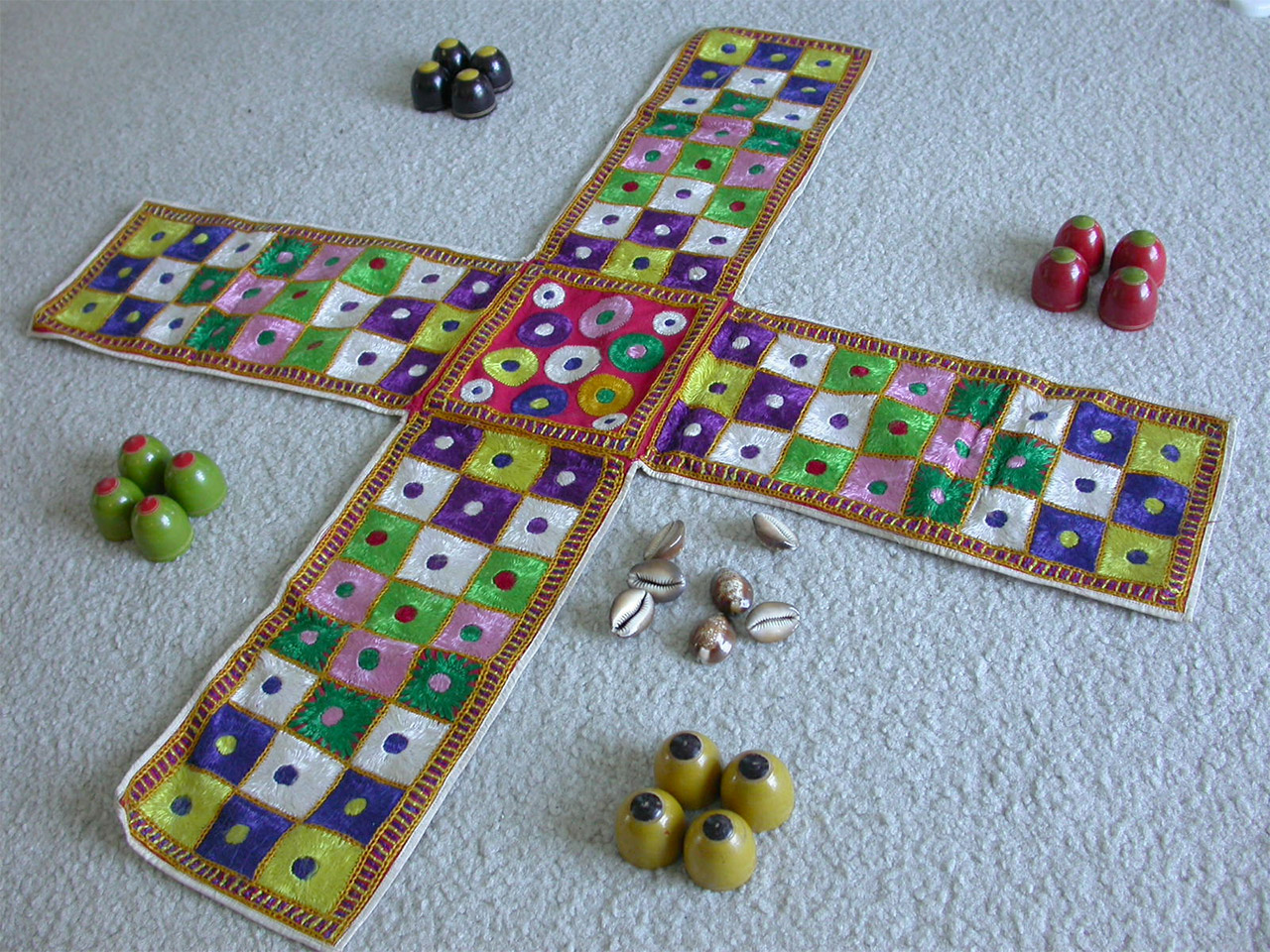 Traditional-games-of-India-Chaupar