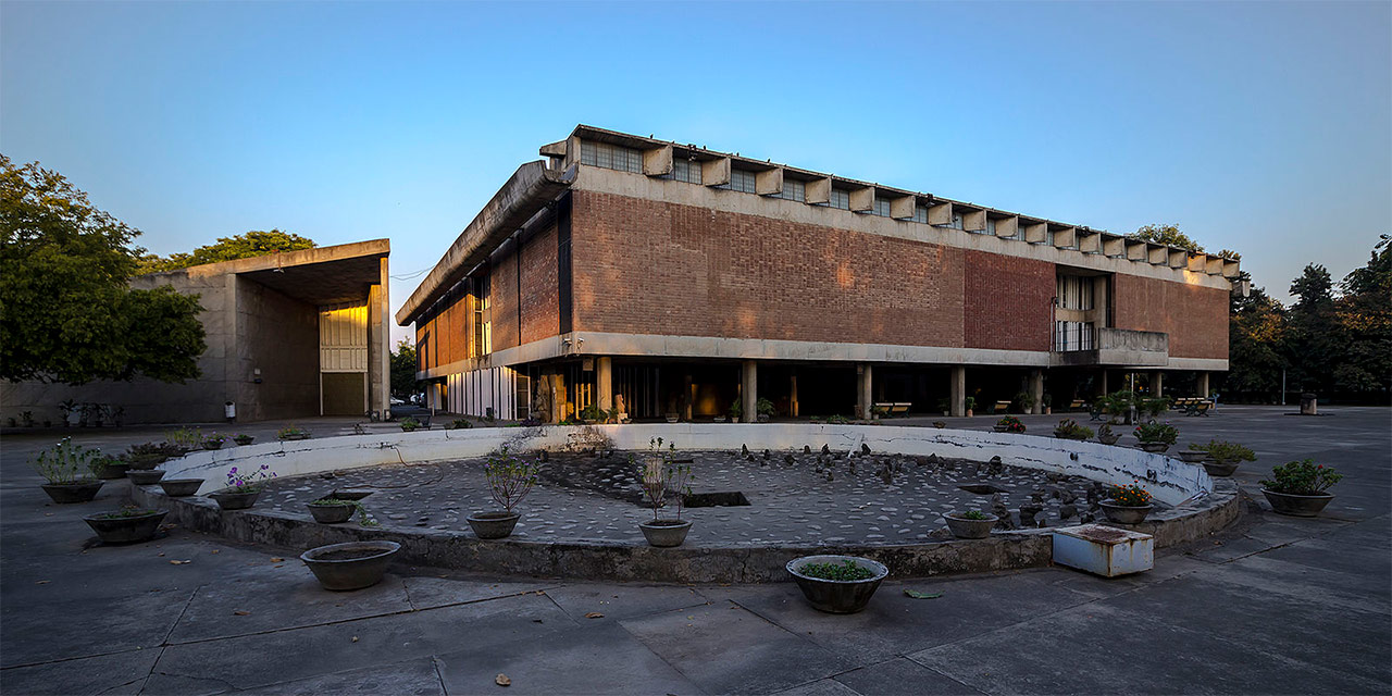 Art-Galleries-in-India-6-Government-Museum-and-Art-Gallery-Chandigarh