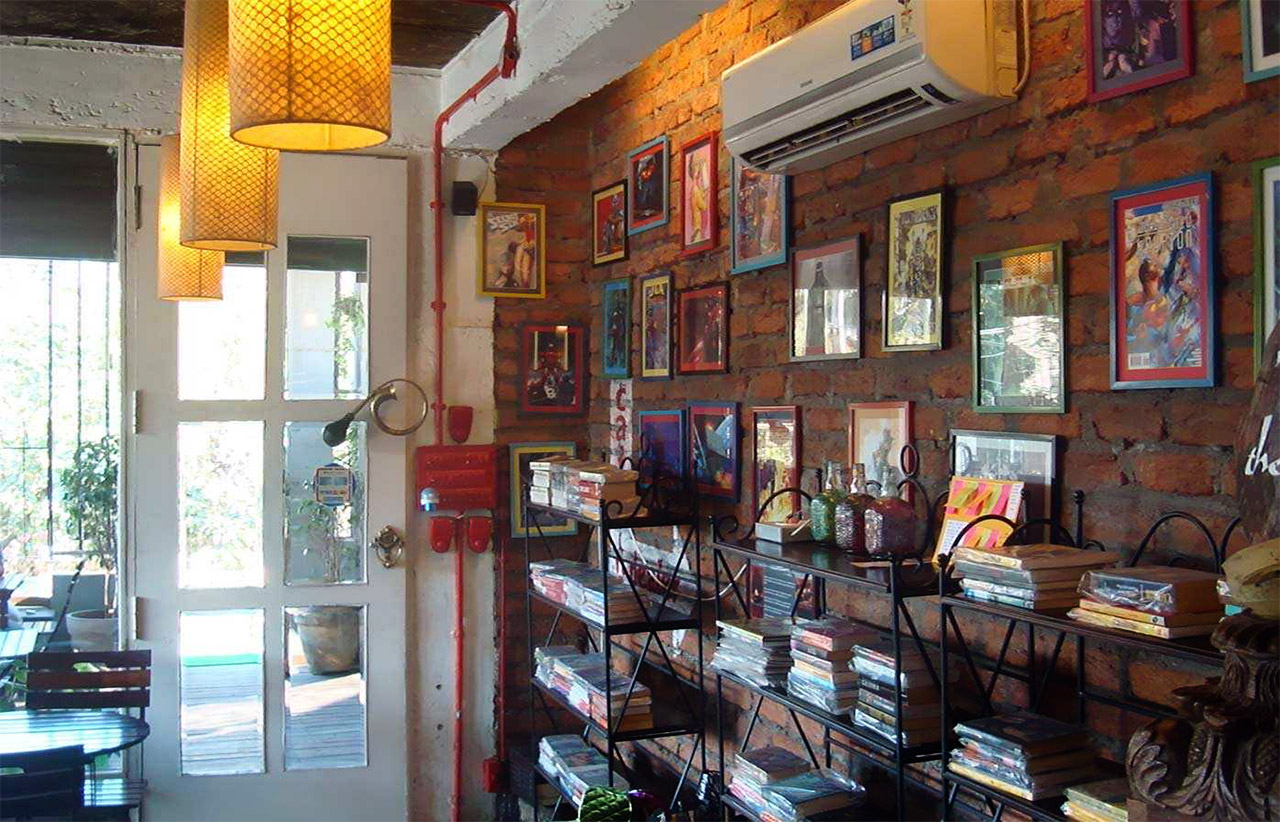 Book-Cafes-In-India-The-Coffee-Cup-Hyderabad