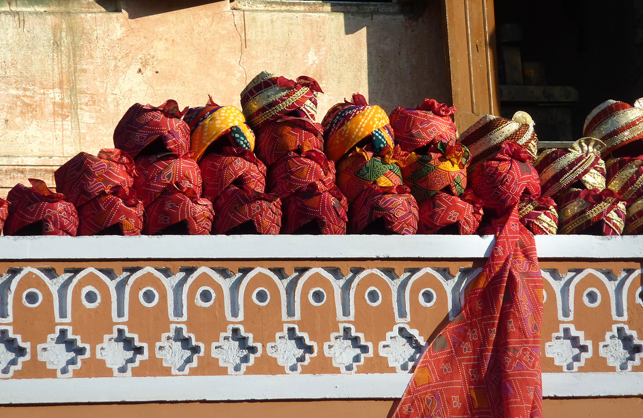 Traditional-Dress-of-Rajasthan-Headgear