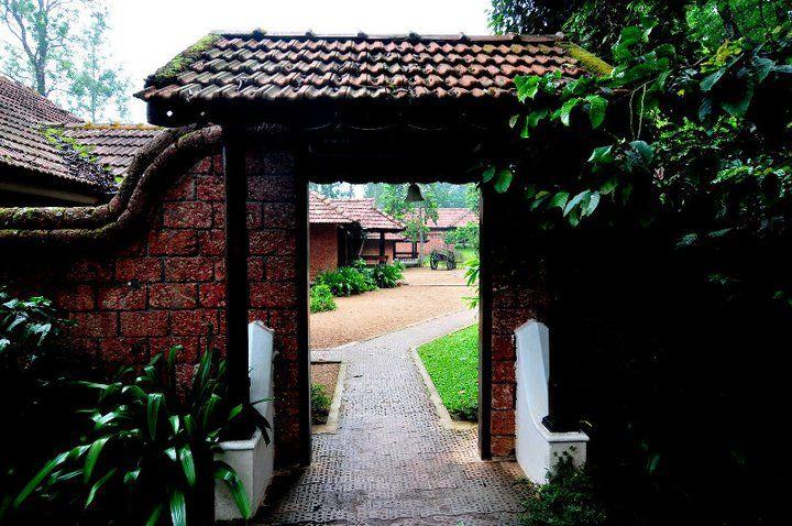 Traditional-House-of-Kerala Padippura