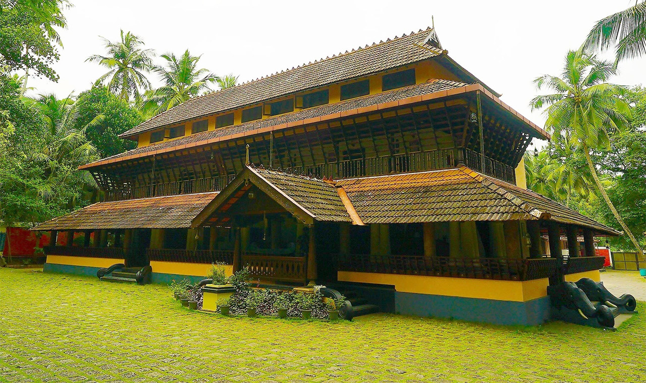 Traditional-House-of-Kerala