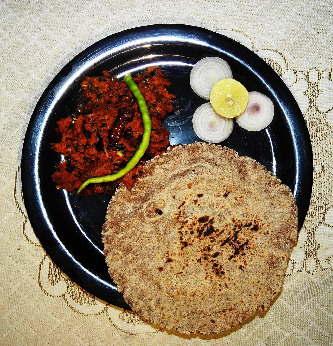 Zunka Bhakri-Pune Food Culture